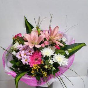Μπουκέτο με Διάφορα Άνθη Εποχής