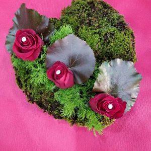 Καρδιά με μούσκλι και τριαντάφυλλα μεσαία